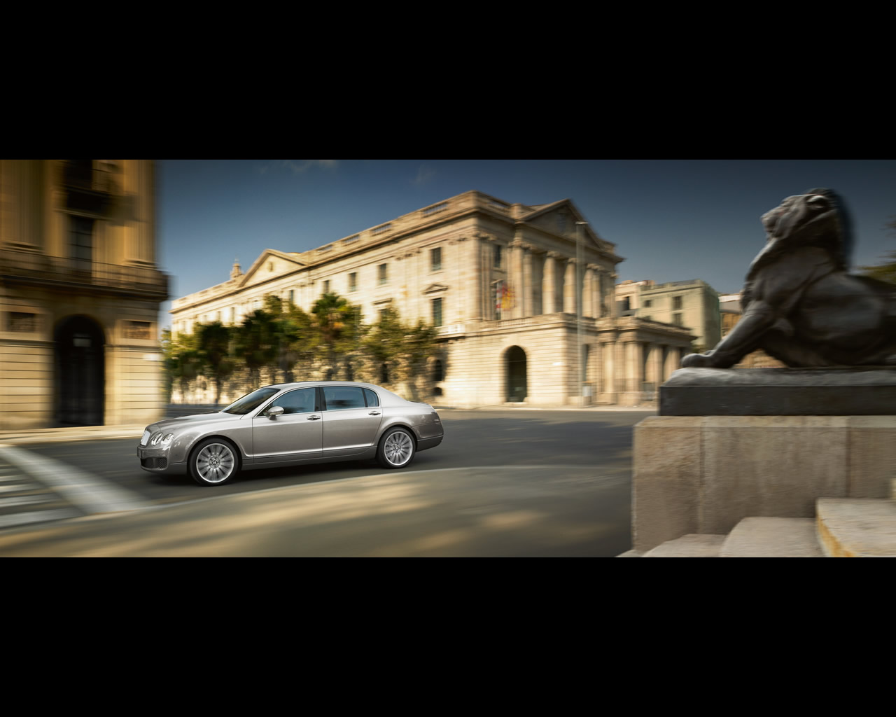 Wallpapers of the Bentley Continental Flying Spur Speed 2008