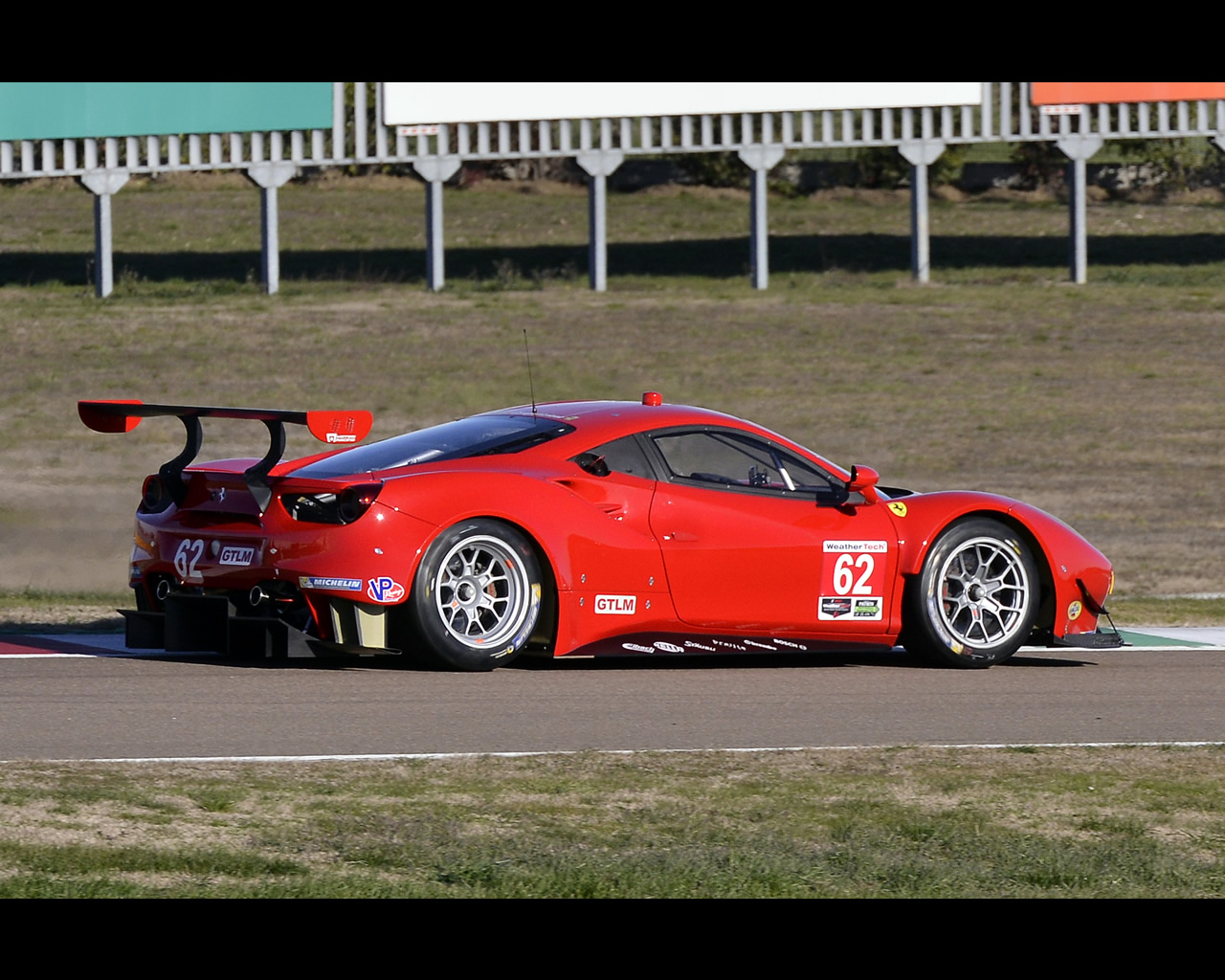ferrari 488 gte and gt3 2016 2017 wec gte pro class winner. Black Bedroom Furniture Sets. Home Design Ideas